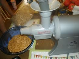 juicer making pb